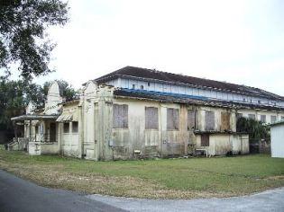 Bartow Cigar Factory before renovation.