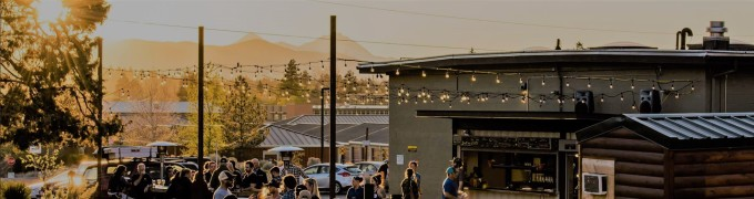 crux_fermentation_project-brewery-bend_oregon-tasting_room-brewpub-microbrew-craft_beer_park-sunset-dog_friendly-kid_friendly-dog-places-pet_friendly-in_bend-on_tap-13