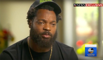 michael-bennett-gunpoint-police-lawsuit-vegas__oPt